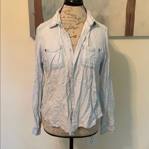 {Rubbish} Button- Up Top